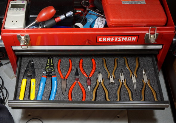 finished-pliers-drawer-kaizen-foam-insert-full